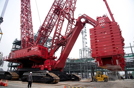 Rigging Engineering With Mobile Crane Heavy Lift Attachments